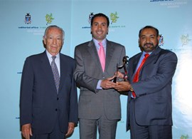 Managing Director receiving the award for 37th Int